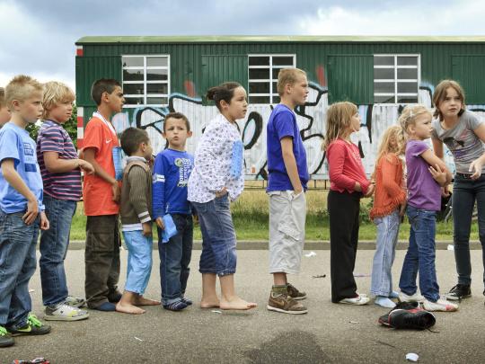 250_straatspeeldag rij kinderen.jpg
