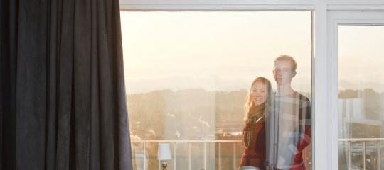 209_huurders koppel op balkon.jpg