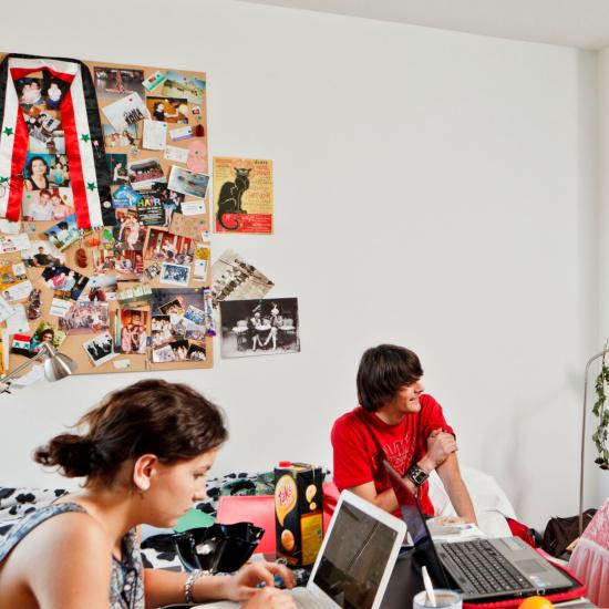 735_studentn op kamer.jpg