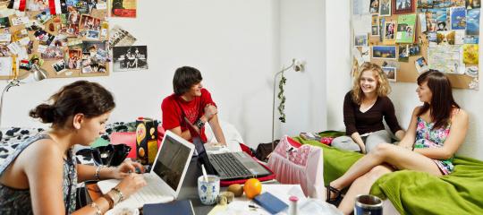 646_studenten UWC op kamer.jpg
