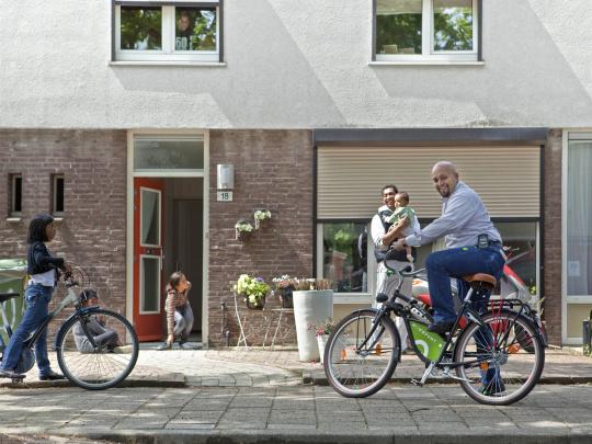 6_wijkbeheerder Sidi fiets.jpg
