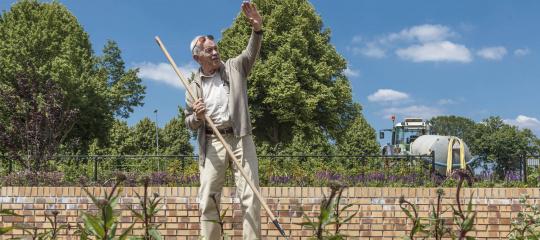 1502_bewoner onderhoud tuin Caberg.jpg