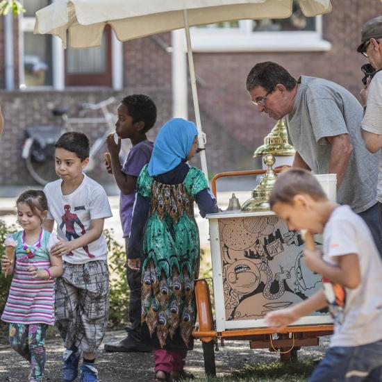 1603_buurtfeest Wyckerpoort ijskar.jpg